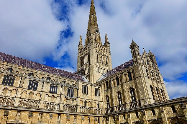 Norwich Cathedral540