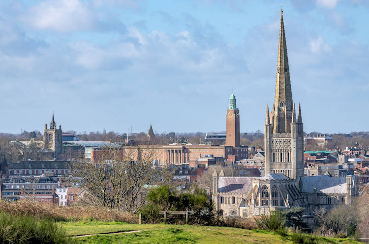 Norwich Cathedral (c)Bill Smit