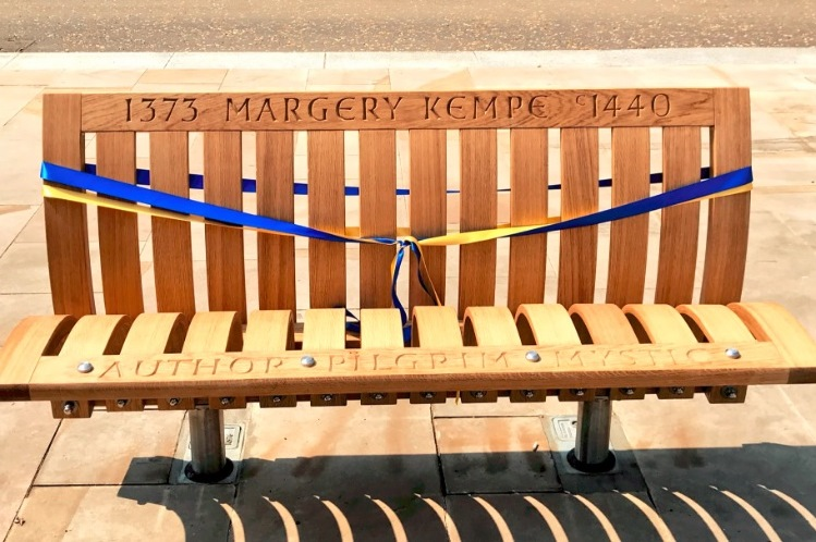 MargeryKempeBench750